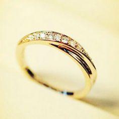 $7.61 Trendy Diamante Cross Design Alloy Ring For Men and Women