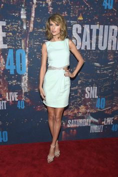 Taylor Swift hit the red carpet at Saturday Night Live's 40th anniversary special.