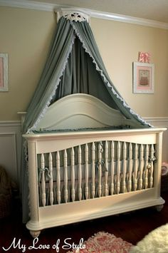 Like the crib cornice / crown head