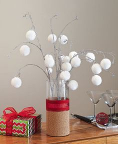 DIY Christmas Floral in Cork and Glass Vase
