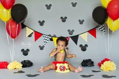 www.chloetylerphoto.com #mickey #cakesmash Mickey 1st Birthdays, Boys First Birthday Party Ideas, 1st Birthday Pictures, Mickey Mouse Clubhouse Birthday, Mickey Mouse Parties, Mickey Party, Mickey Mouse Birthday, 1st Boy Birthday, 1st Birthday Parties