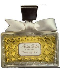 Sulla Scia dei Profumi – I grandi classici: Miss Dior – di MaddalenaErre