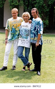 💋 The ever gorgeous Marti Pellow💋 of Scottish pop group Wet Wet Wet-May 28, 1992 modeling with Trudie Styler (Sting's wife), & Jason Donovon for Rhythm Of Life event.