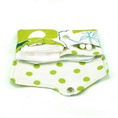 3in1 case for tampons, panty liners and sanitary pads / etui 3w1 na tampony, podpaski oraz wkładki higieniczne