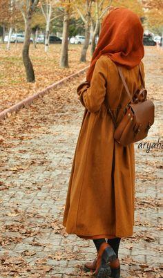 Genç Tesettür Hijabi Girl, Girl Hijab, Hijab Outfit, Arab Girls Hijab, Muslim Girls, Teenage Girl Photography, Girl Photography Poses, Creative Photography, Hijab Collection