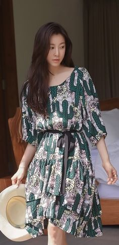 Luxe Asian Women Design Korean Model Fashion Style Dress Luxe Asian Women Dresses Asian Size Clothing Luxury Asian Woman Fashion Style Fashion Style Clothing 韓国の服 韩国衣服 韓国スタイル 韩国风格,韓国ファッション, アジアンファッション. Fashion & Style & moda & Sexy dress Women fashion clothes #KoreanWomenFashion #KoreanWomenFashionOnline #韓流 #LuxeAsian  #韓国Style #koreanstyle #koreanfashion
