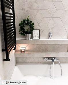 Clawfoot Bathtub, Apartment Design, Interior Design Inspiration, Small Bathroom, Sweet Home, New Homes, House, Home Decor, Houses