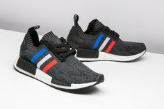 Adidas Men 's Originals NMD R1 Primeknit Tri Running Shoes