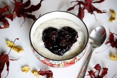 Semolina porridge with forest berry compote