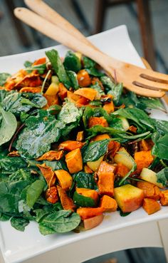 SUPER SIMPLE AUTUMN MAGIC SALAD
