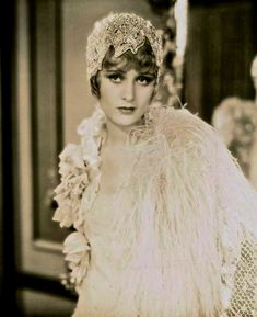 Dolores Costello in Glad Rag Doll (Drew Barrymore;s grandmother) Vintage Hollywood, Old Hollywood Glamour, Hollywood Stars, Classic Hollywood, 1920s Glamour, Mode Vintage, Vintage Ladies, Vintage Photographs, Vintage Photos