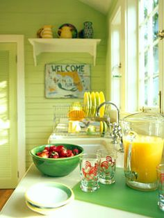 Inspiring Summer Interiors: 50 Green and Yellow Kitchen Designs : 50 Green And Yellow Kitchen Designs With White Green Kitchen Wall Sink Oven Stove Window Wash Basin Wooden Door Cabinet Glass Plate And Hardwood Floor Yellow Kitchen Designs, Colorful Kitchen Decor, Kitchen Colors, Colorful Kitchens, Bright Kitchens, Design Kitchen, Country Kitchen, New Kitchen, Vintage Kitchen