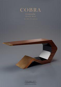Cobra Console - Pont des Arts - Designer Monzer Hammoud - Paris