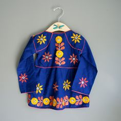 I know it's for kids...but I love all things embroidered and blue!