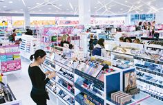 How Ulta Beauty Is Resetting the Mass Beauty Shopping Experience. RPG, building the retail experience Bruce Teitelbaum