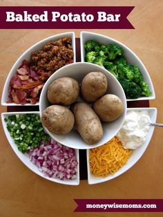 Feeding a crowd or a big family? This Baked Potato Bar is an easy family meal that satisfies everyone! Ideas for baked potato bar toppings & potlucks. Cheap Meal Plans, Cheap Meals, Inexpensive Meals, Easy Family Meals, Frugal Meals, Small Meals, Easy Dinners, Freezer Meals, Easy Large Group Meals