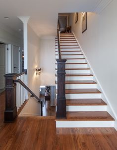 Traditional Home wooden stairs Design Ideas, Pictures, Remodel and Decor Flooring For Stairs, Hardwood Stairs, Basement Stairs, Hardwood Floors, Tile Flooring, Flooring Ideas, Wood Floor Stain Colors, Floor Colors, Carpet Colors