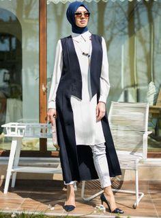 05c0ca023cc Material   90% COTTON 7% Polyester 3% ELASTANE Length   130 cm   51 INCHES.  Croyance London · Modest Wear