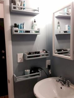15 ideas for smart DIY storage solutions for tiny bathrooms - . - 15 ideas for smart DIY storage solutions for tiny bathrooms - Tiny Bathrooms, Amazing Bathrooms, Modern Bathrooms, Ikea Bekvam, Small Bathroom Storage, Bedroom Storage, Organization For Small Bathroom, Bathroom Storage Solutions, Toilet Storage