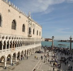 Our Doges Palace Tour features an in-depth tour of a building that was once both the seat of the Venetian Government and  residence of the Doge of Venice. Cross the bridge of Sighs, visit the famous prisons of the Doges Palace and in the company of one of our licensed expert tour guides learn why the Venetians only allowed one building in Venice to be called a Palace! Guaranteed no standing in line to enter the Doges Palace.
