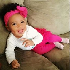 .Doll face!!! Someone bring her to me! lol I love babies.