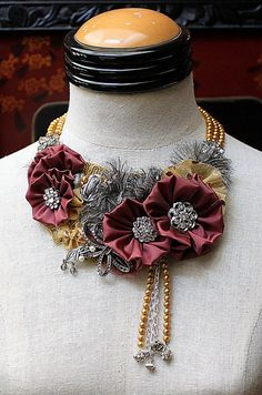 ** Fabric Jewelry Neckkace Made With Satin, Chain, Lace, & Rhinestones Fabric Flower Necklace, Fabric Jewelry, Jewelry Crafts, Handmade Jewelry, Kanzashi, Diy Necklace, Button Necklace, Vintage Rhinestone, Statement Jewelry