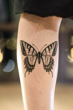 Beautiful And Meaningful Butterfly Tattoo Guide - Butterfly Tattoo With Geometric Element You are in the right place about simple tattoo H - Purple Butterfly Tattoo, Butterfly Tattoos For Women, Butterfly Tattoo Designs, Tattoos For Women Small, Small Tattoos, Geometric Tattoo Butterfly, Girl Neck Tattoos, Leg Tattoos, Body Art Tattoos