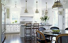 Bistro Kitchen Decor: How to Design a Bistro Kitchen