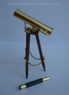 Miniature telescope for the dollhouse library - instructions in Italian but includes many photographs - source: dada's dollhouse