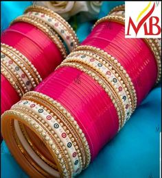Indian Bridal Outfits, Indian Bridal Fashion, Indian Wedding Jewelry, Indian Weddings, Romantic Weddings, Bridal Bangles, Bridal Jewelry, Wedding Chura, Punjabi Traditional Jewellery
