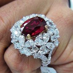 legendaryjewelry's photo on Instagram