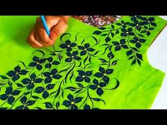 YouTube Saree Embroidery Design, Embroidery On Kurtis, Hand Work Embroidery, Hand Embroidery Stitches, Hand Embroidery Designs, Saree Painting Designs, Fabric Paint Designs, Fabric Design, Kerala Mural Painting