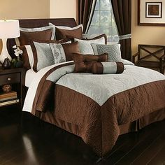Master Bedroom 20pc Home Classics Ferrara 20pc Geometric Bed Set for the Master Bedroom. Teal/Blue and Brown.