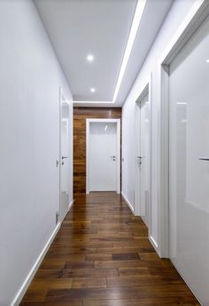 Beleuchtung 30 Impressive Hallway Lighting Ideas That Keep Up Your Mood House Ceiling Design, Ceiling Design Living Room, Bedroom False Ceiling Design, Ceiling Light Design, Living Room Designs, House Design, Hallway Ceiling, Home Ceiling, Hallway Lighting