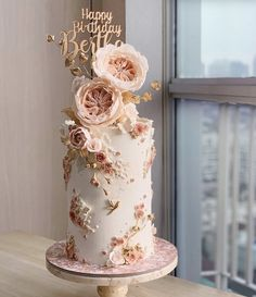 #Kuchen Ideen für Frauen Elegant Birthday Cakes, Pretty Wedding Cakes, Beautiful Birthday Cakes, Birthday Cakes For Women, Elegant Cakes, Gorgeous Cakes, Wedding Cake Designs, Pretty Cakes, Cute Cakes