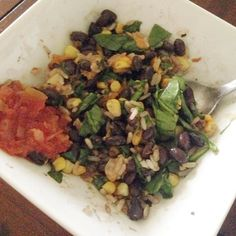 When you have the good basics you don't need much more #spinach #corn #rice #blackbeans #salsa #cheddar #bowl #lunch