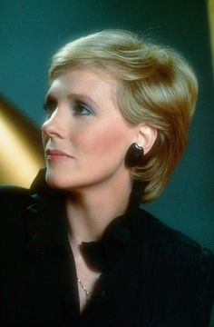 Julie Andrews why are you so perfect?