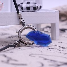 Europe And America Anime Game DMC Devil May Cry 5 Dante Crystal necklaces & pendants Leather Chain Necklaces For Men bijoux
