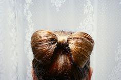 hair in bow!