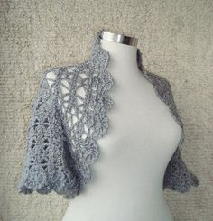 EXPRESS DELIVERY  Grey Crochet Shrug / Any Season por Starknitting