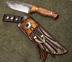 MP Bowie sheath for Knifecraft…leather, rawhide and claws oh my! Hand Forged Knife, Knife Sheath, Leather Crafts, Zombie Apocalypse, Leather Working, Knives, Steel, Cases, Leather Craft