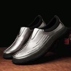 >> comprar aqui << Prelesty Vintage Chic Estilo Genuino de Los Hombres Zapatos de hombre de Cuero Suave Hombre de Deslizamiento En Los Zapatos Guapo Negro Plata