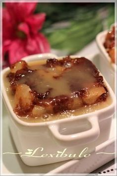 Apple pudding cake with caramel sauce – Pastry, cakes, cookies Apple Recipes, Cake Recipes, Dessert Recipes, Apple Pudding Cake Recipe, No Bake Desserts, Easy Desserts, Sauce Au Caramel, Caramel Pudding, Sweets
