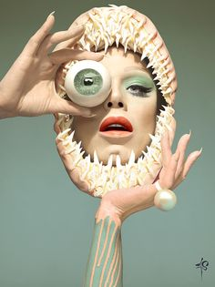 """The new album of Sharon Needles is all about the one-eye sign. Before I get a comment saying """"Sharon Needles is a transgender hero who needs to be applauded at all times"""", I say: """"Check out this next pic"""". Sharon Needles, Illuminati, Pop Art, Arte Fashion, Halloween Photos, Grunge, Taxidermy, Face Art, Oeuvre D'art"""