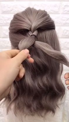 Hairstyles for long hair tutorials video 57 Amazing Braided for Every Occasion - AdvertisementsThis post may contain affiliate links. With summer starting, braids for long hair are - Easy Hairstyles For Long Hair, Braids For Long Hair, Summer Hairstyles, Up Hairstyles, School Hairstyles, Ideas For Short Hair, Girls With Long Hair, Easy Hair Braids, Easy Morning Hairstyles