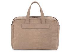 Bolsas que los viajeros minimalistas, pero elegantes deben tener