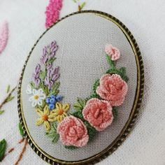 캐스트온 로즈 브로치 #프랑스자수 #생활자수 #부산프랑스자수 #자수공방 #프랑스자수수업 #embroidery #sewing #stitching