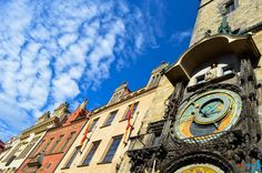 Prague (or Praha), the capital of Czech Republic, is an outstanding city! If it is still not in your bucket list by now, well, it should be there!  Why? I hope these 20 pictures will explain you better than words:  1. The Old town square