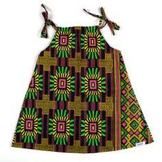 Vestido infantilcom estampa africana exclusiva colorê, desenvolvido com tecido importado diretamente da África, que traduz todo estilo e particularidade de sua origem.
