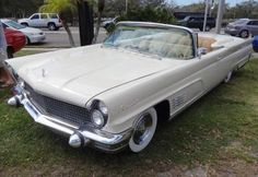 Lincoln Continental the Ultimate American Luxury Car: 1960 Lincoln Continental Mark V Convertible